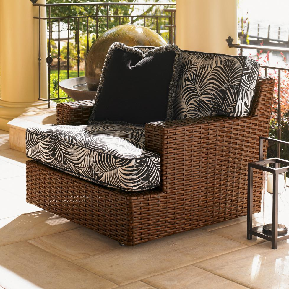 Wicker Patio Swivel Chairs