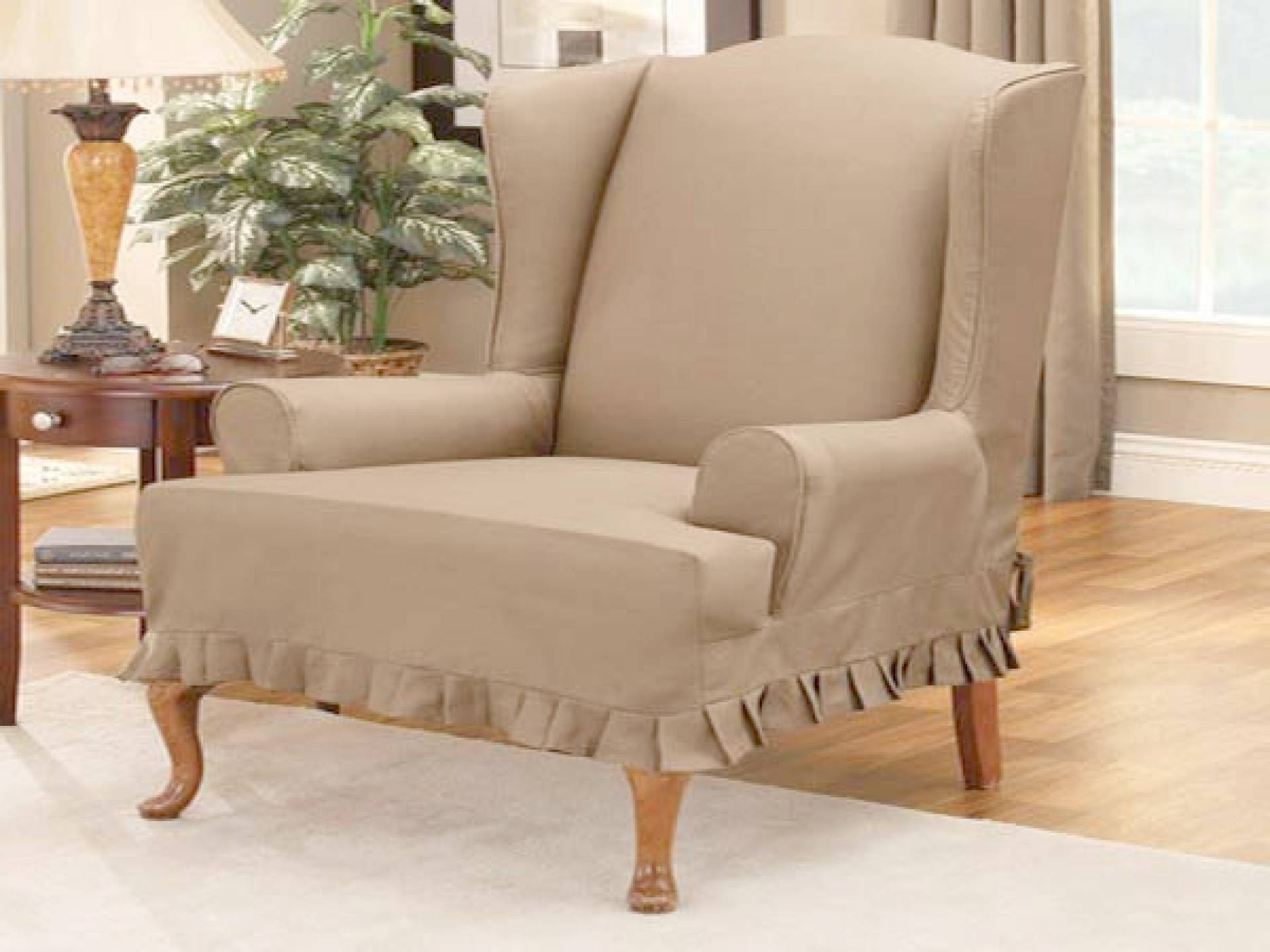 Image of: Wing Chair Recliner Design