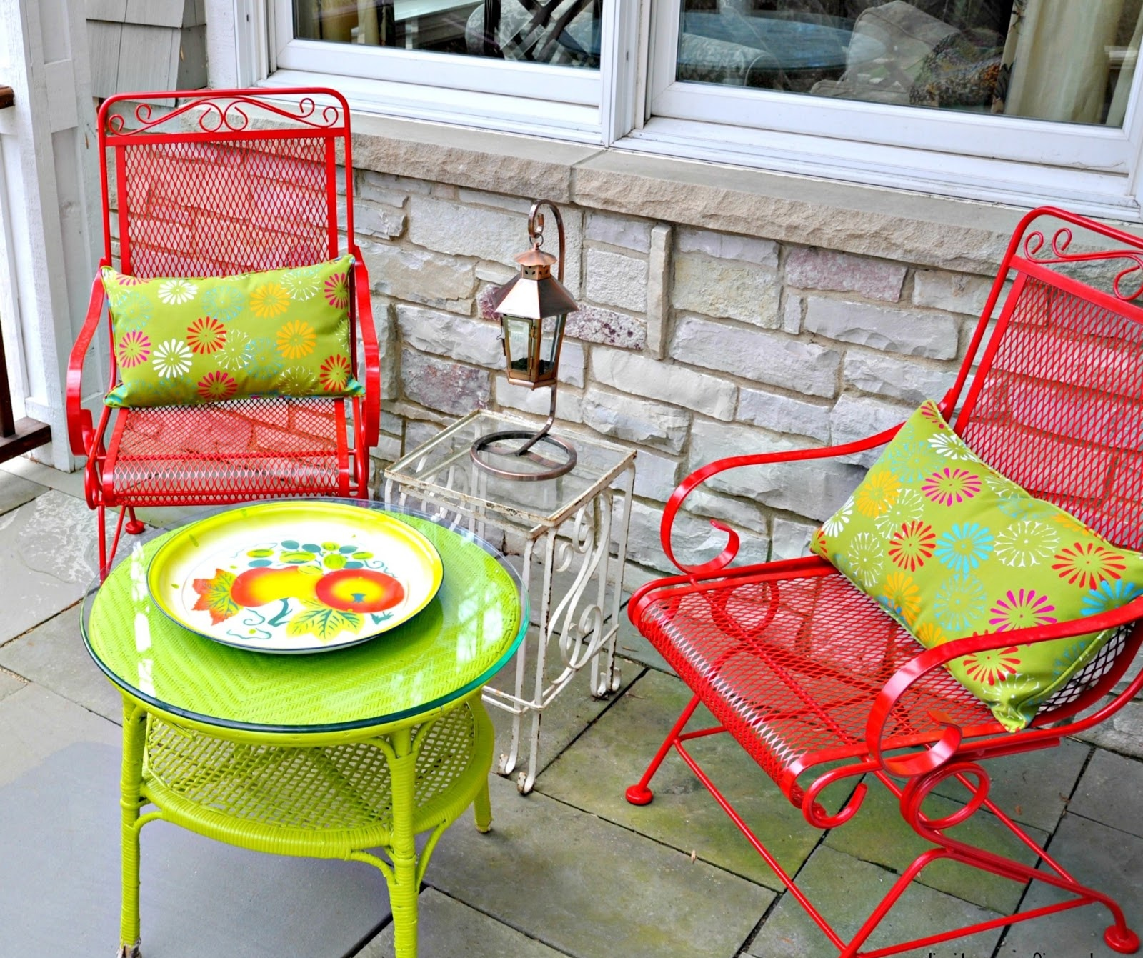 Image of: Wrought Iron Patio Furniture Colors