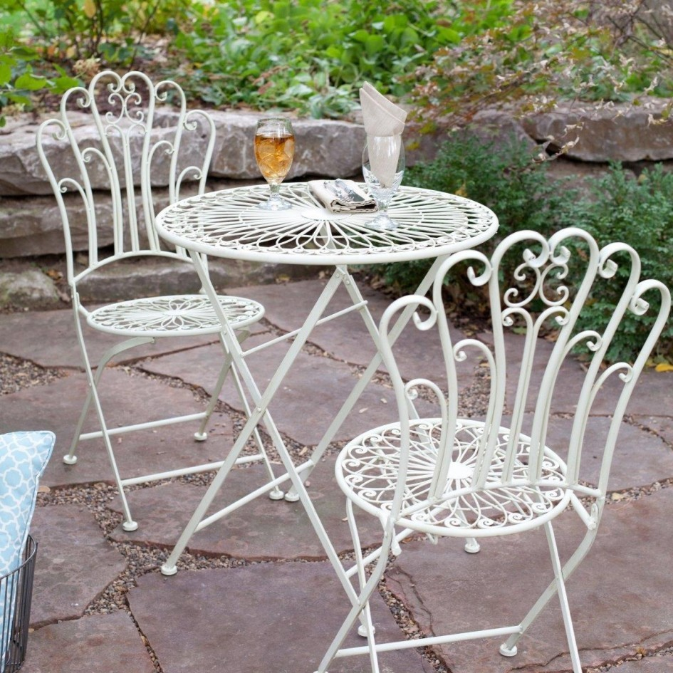 Image of: Wrought Iron Patio Furniture Sets White