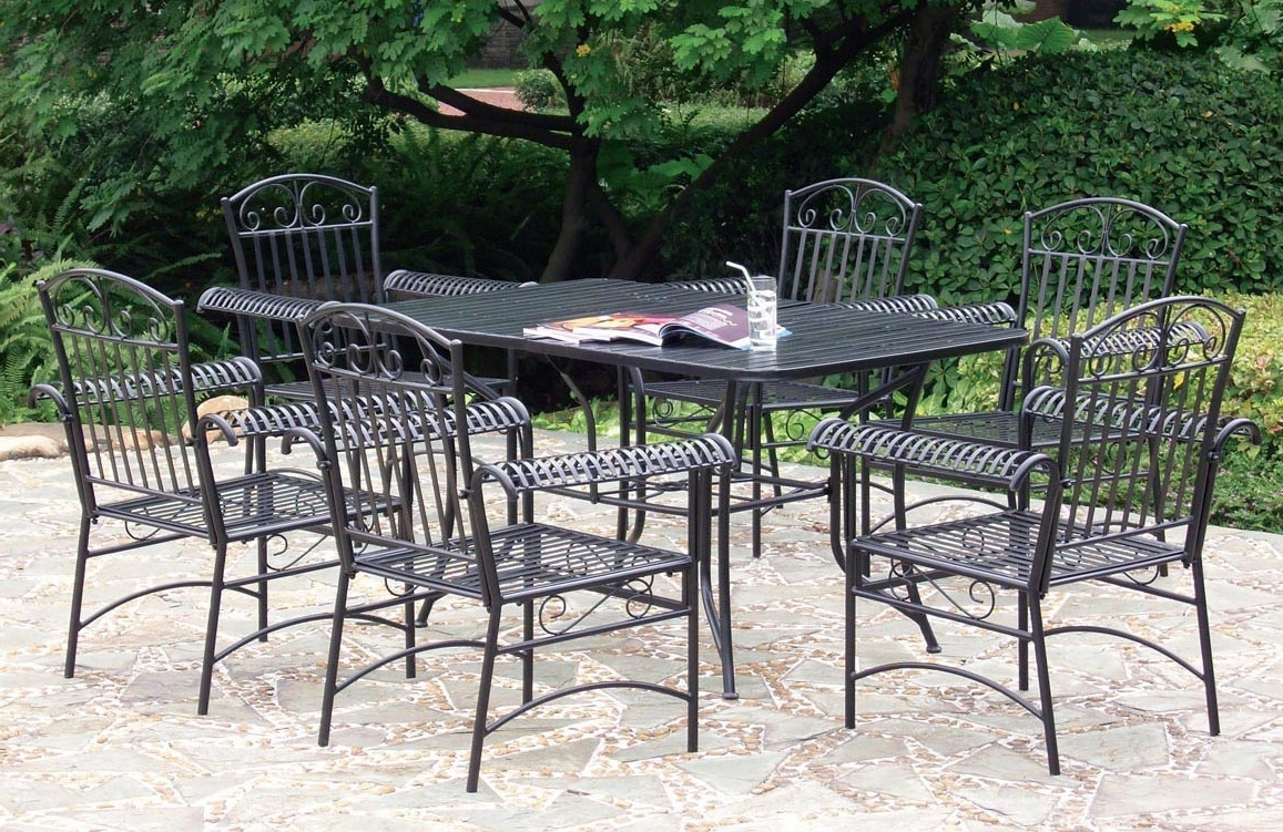 Image of: Wrought Iron Patio Furniture Sets