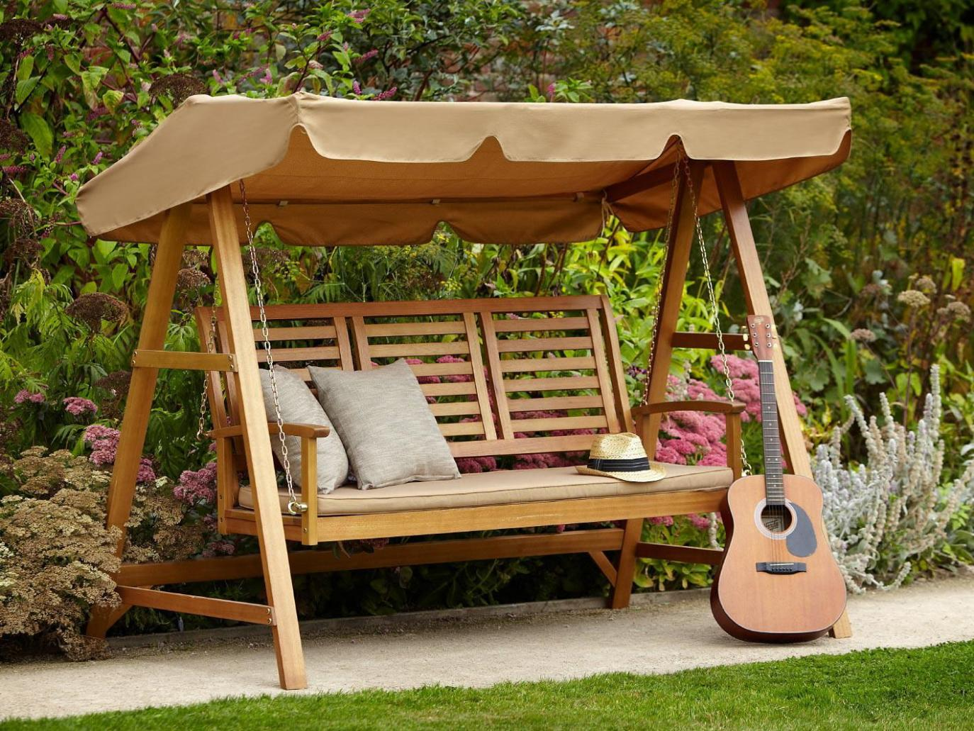 Image of: 3 Person Outdoor Swing With Canopy