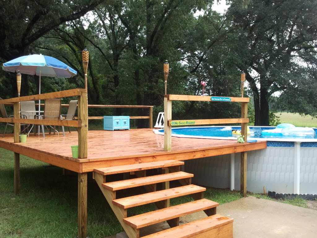 Image of: Above Ground Swimming Pool Decks Style