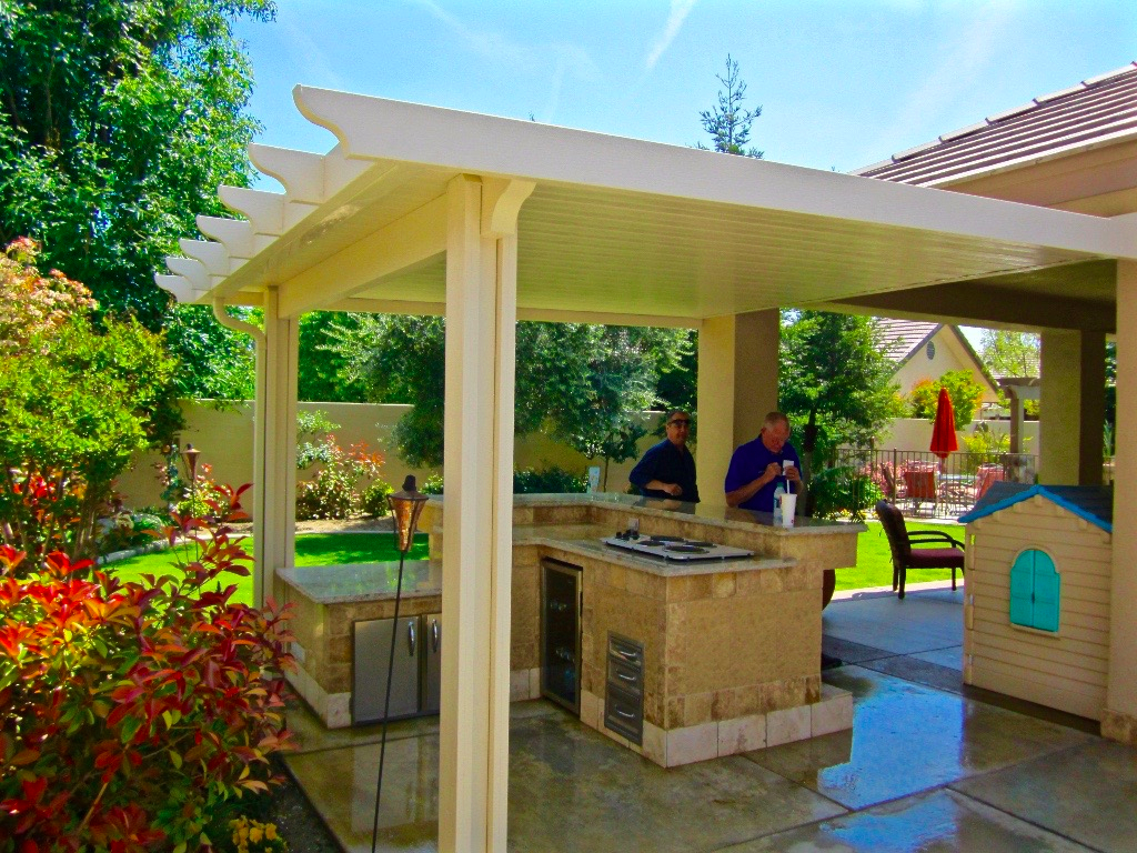 Image of: Aluminum Awnings for Patios Cover