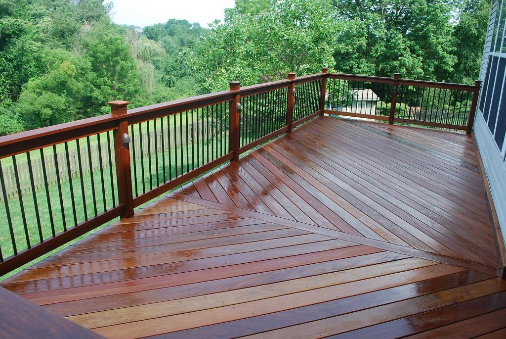 Image of: Aluminum Deck Railing Options