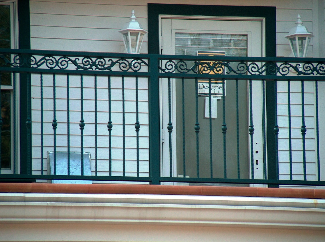 Image of: Aluminum Deck Railing Seattle