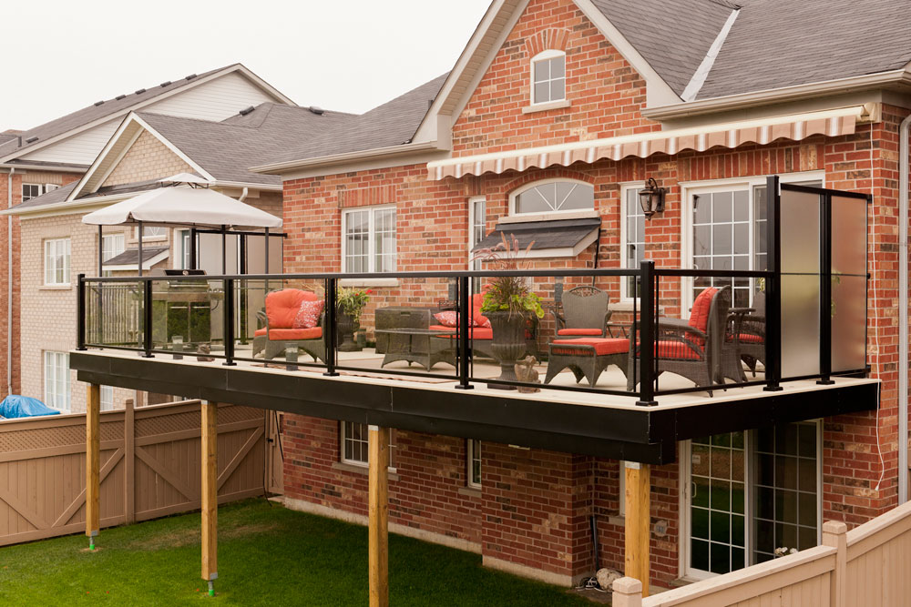 Image of: Aluminum Deck Railing Spindles