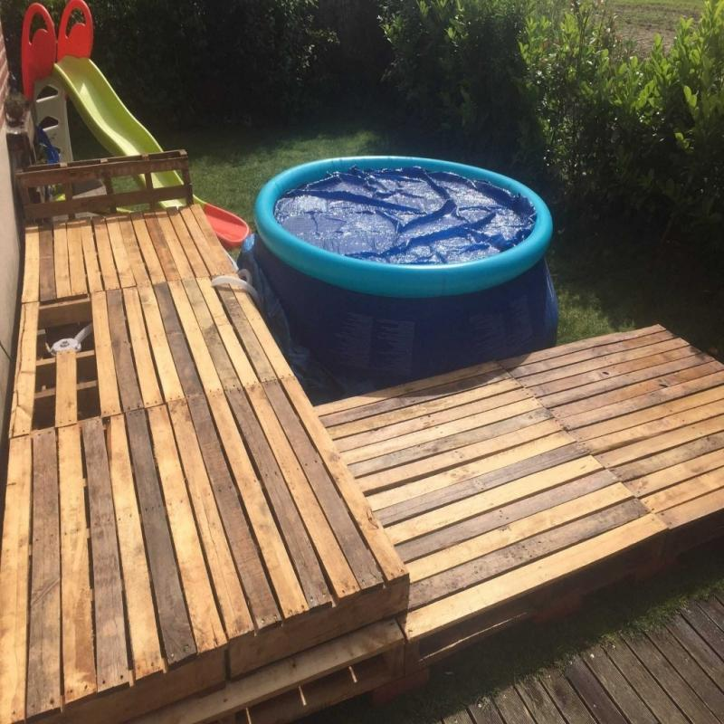 Image of: Amazing Pallet Pool Deck