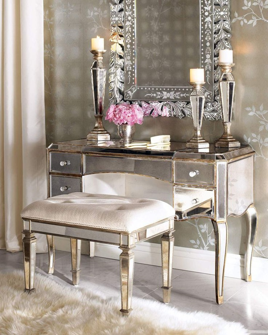 Image of: Amazing Vanity Desk With Mirror