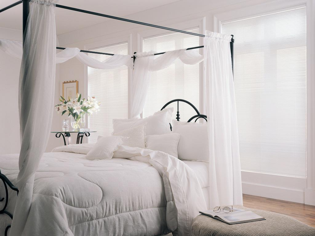 Amazing Window Treatment Ideas for Bedroom