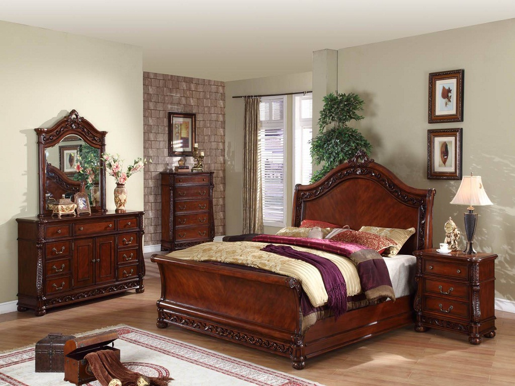 Image of: Antique Bedroom Furniture Styles
