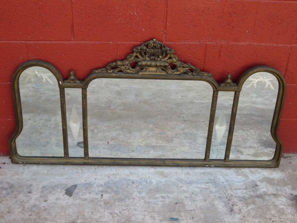 Image of: Antique Wall Mirrors Size
