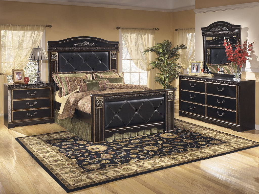 Ashley Furniture Coal Creek Mansion Bedroom Set