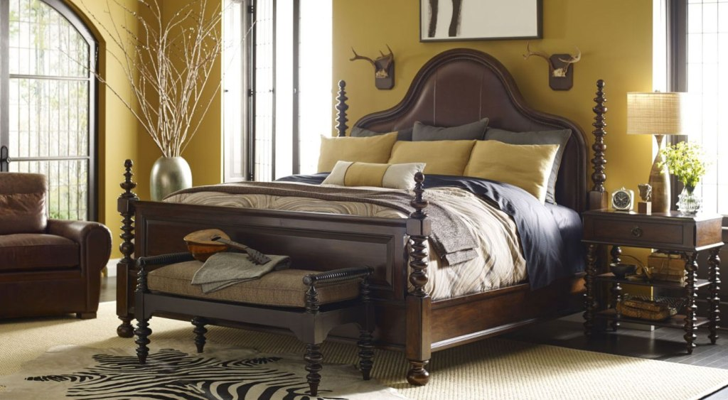 Image of: Attractive Thomasville Furniture Bedroom Sets