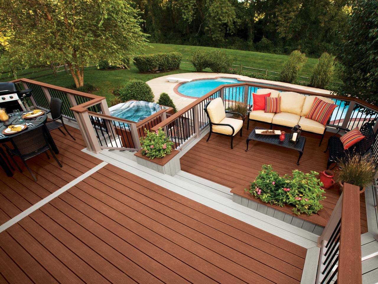 Image of: Awesome Above Ground Swimming Pool Decks
