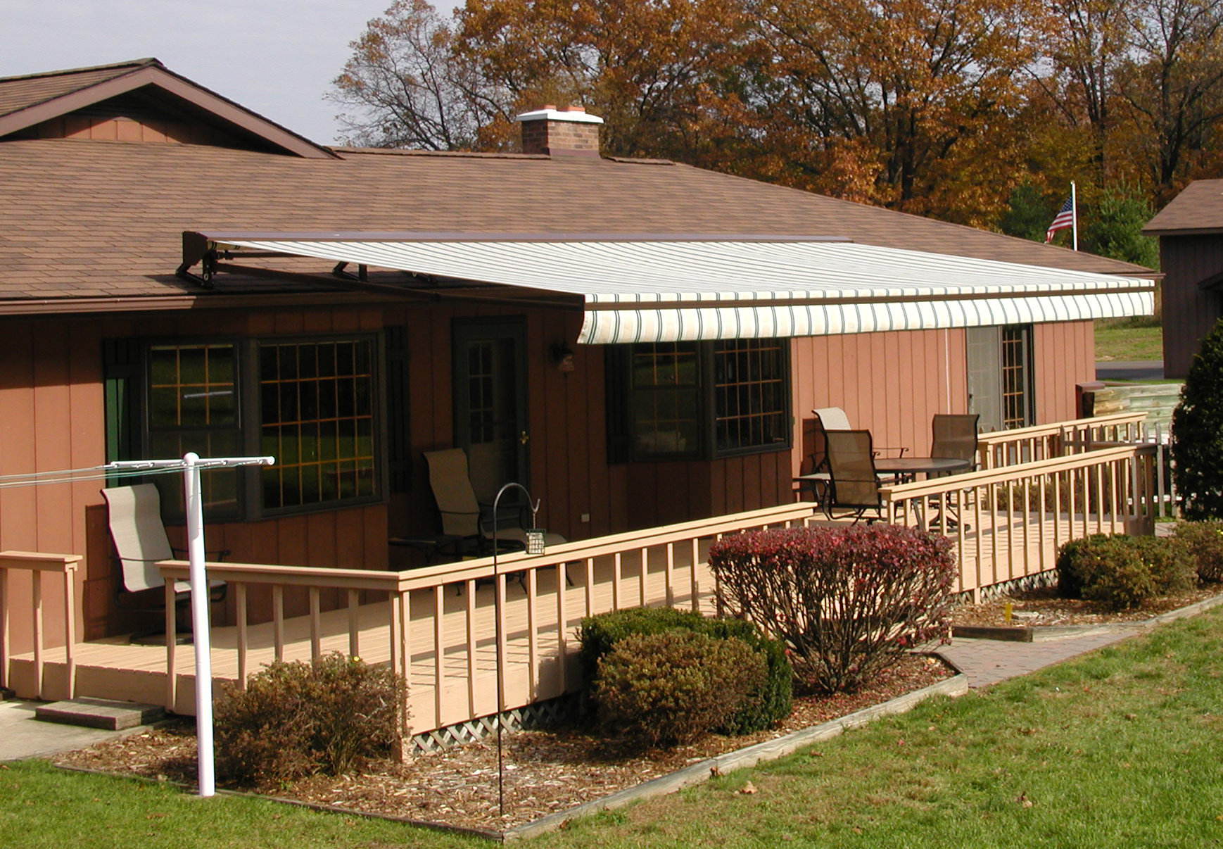 Image of: Awesome Awnings for Decks