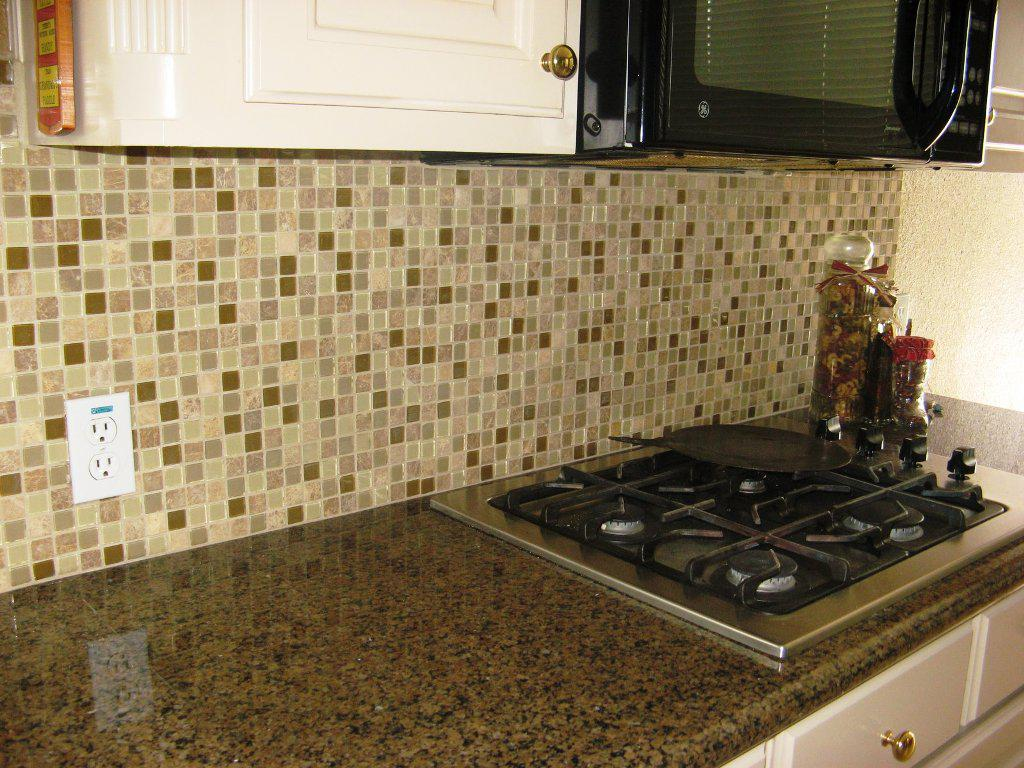 Awesome Glass Tile Backsplash Pictures