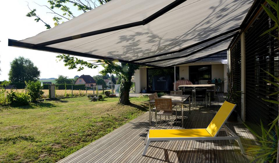 Image of: Awnings for Decks Type