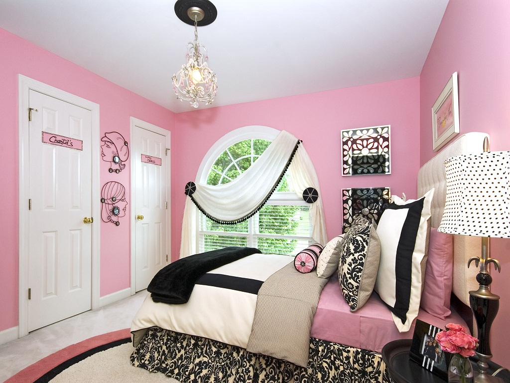 Image of: Baby Girl Bedroom Themes Photos