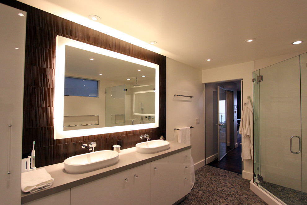 Bathroom Lighted Wall Mirror