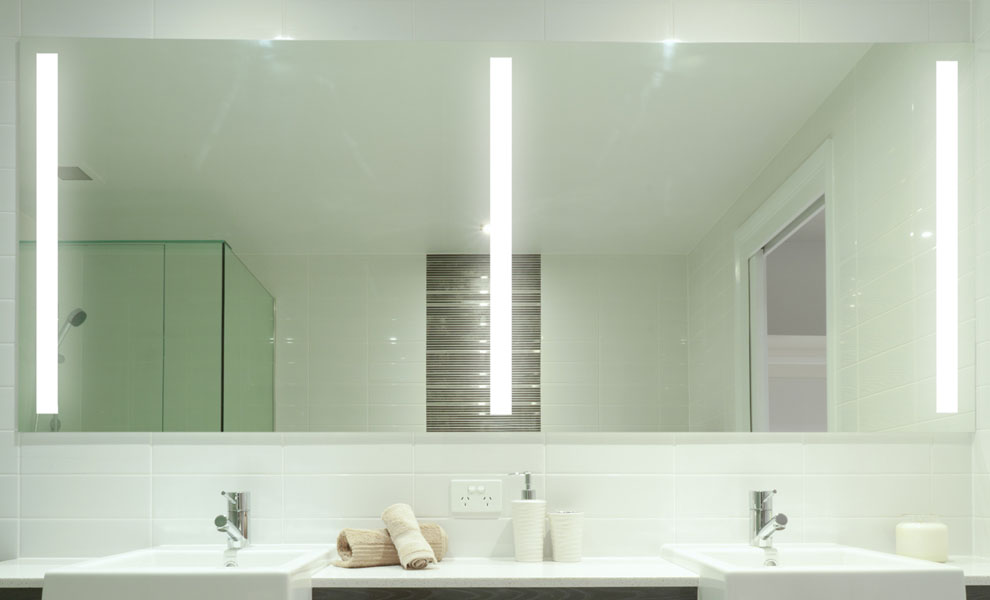 Image of: Bathroom Mirror with Lights Large