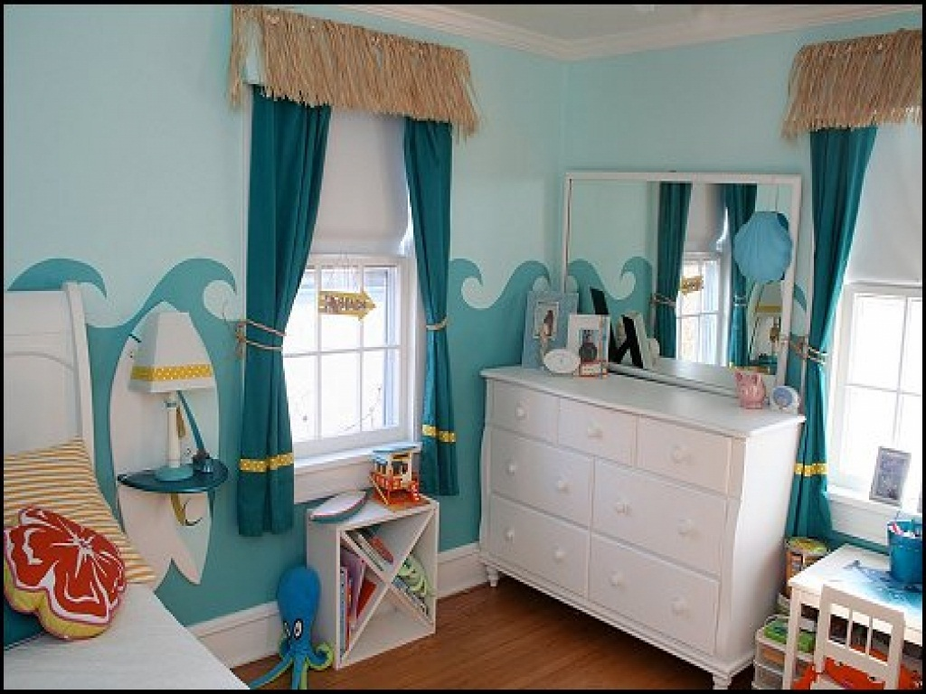 Image of: Beach Theme Bedroom Colors