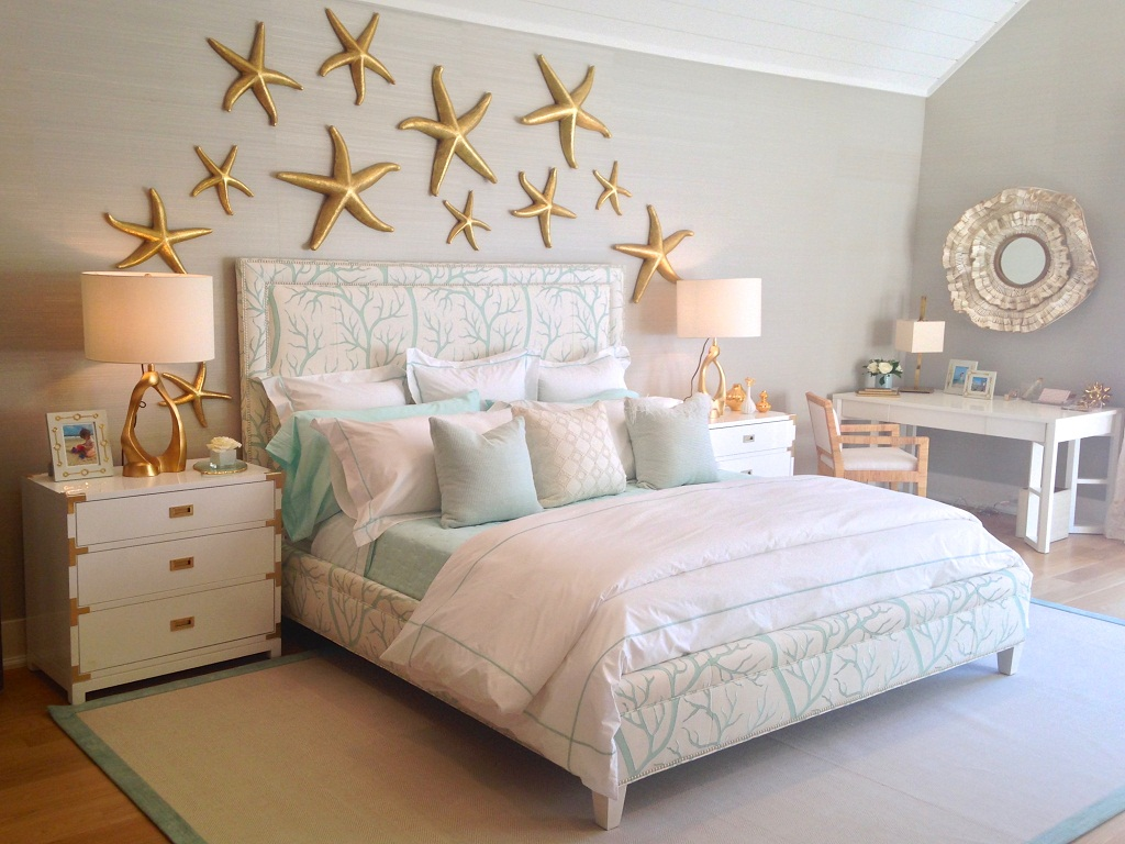 Image of: Beach Themed Bedroom Walls