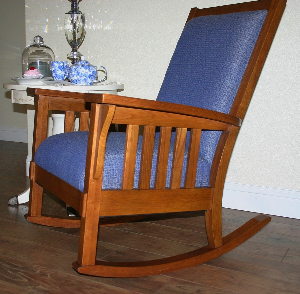 Image of: Beautiful Mission Style Rocking Chair