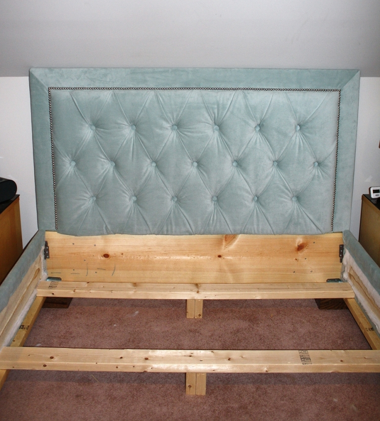 Image of: Bed Frame for a Headboard