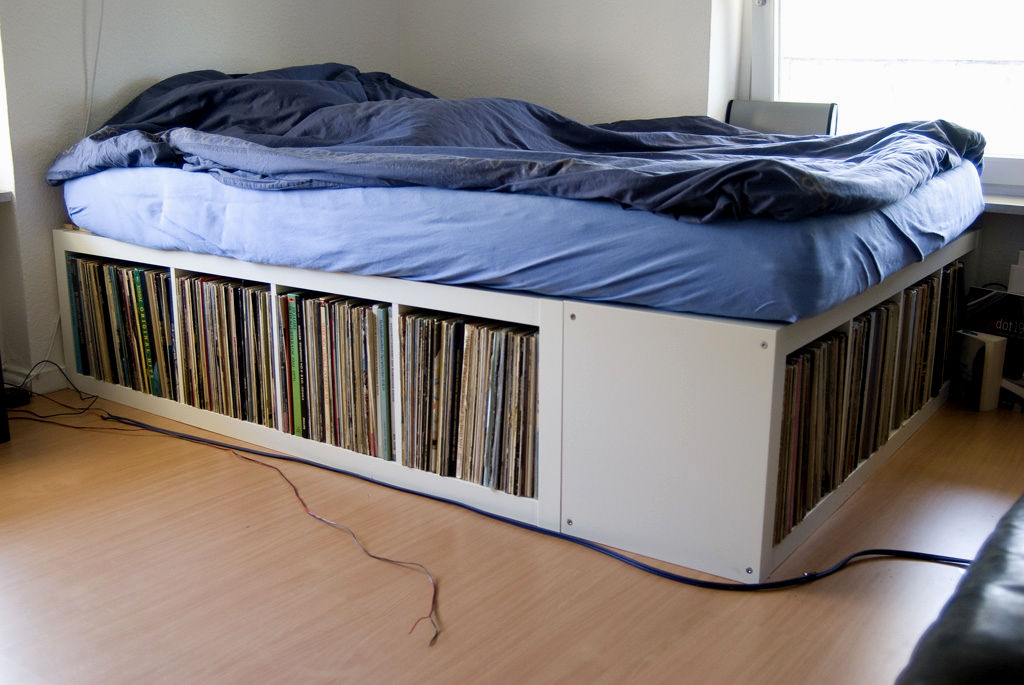 Image of: Bed Frames And Storage