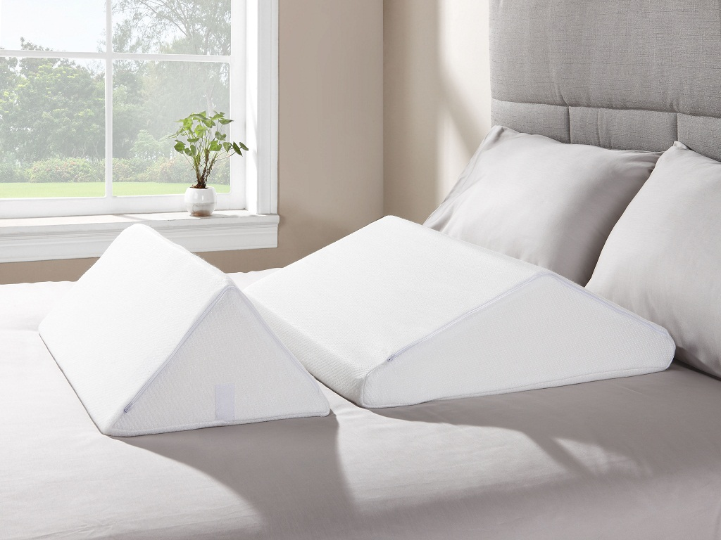 Image of: Bed Wedge Pillow Case