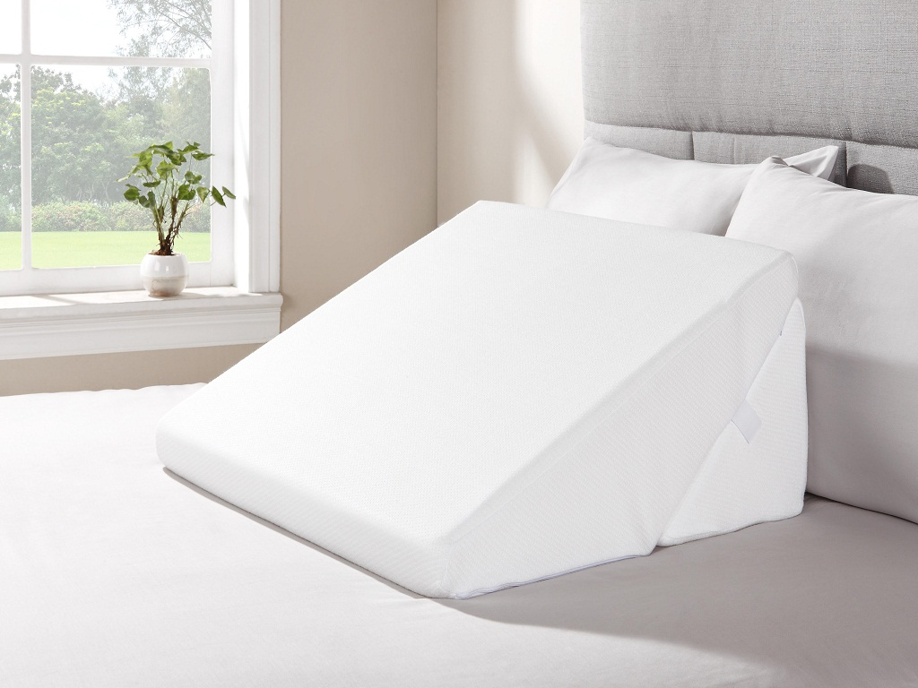 Image of: Bed Wedge Pillow