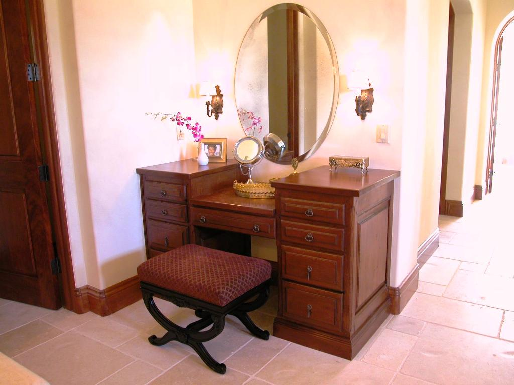 Image of: Bedroom Vanity Table With Mirror And Bench