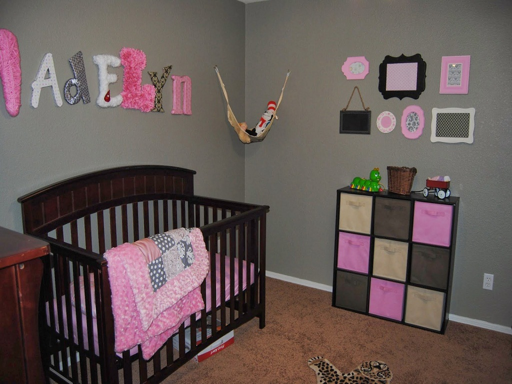 Image of: Best Baby Girl Bedroom Themes