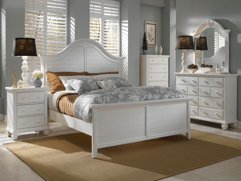 Image of: Best Broyhill Bedroom Sets