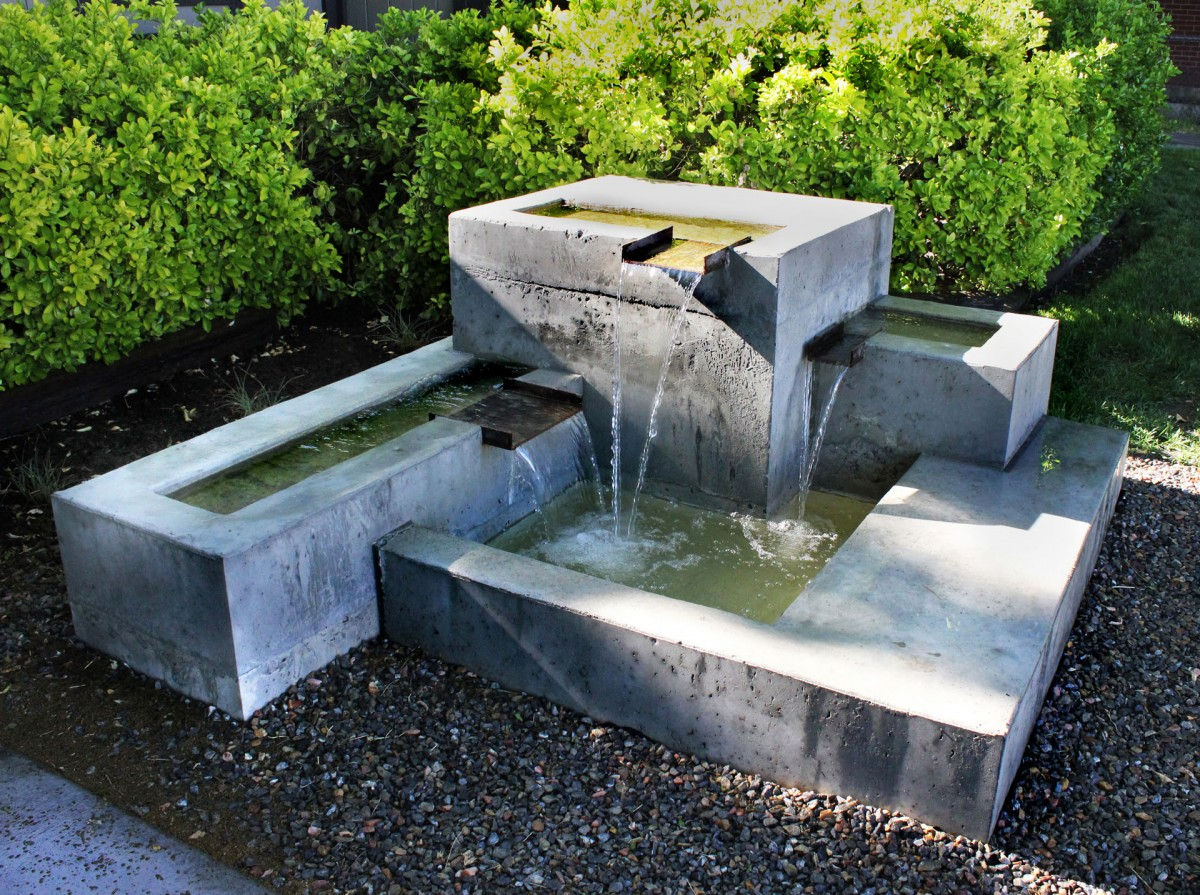 Image of: Best Concrete Fountains