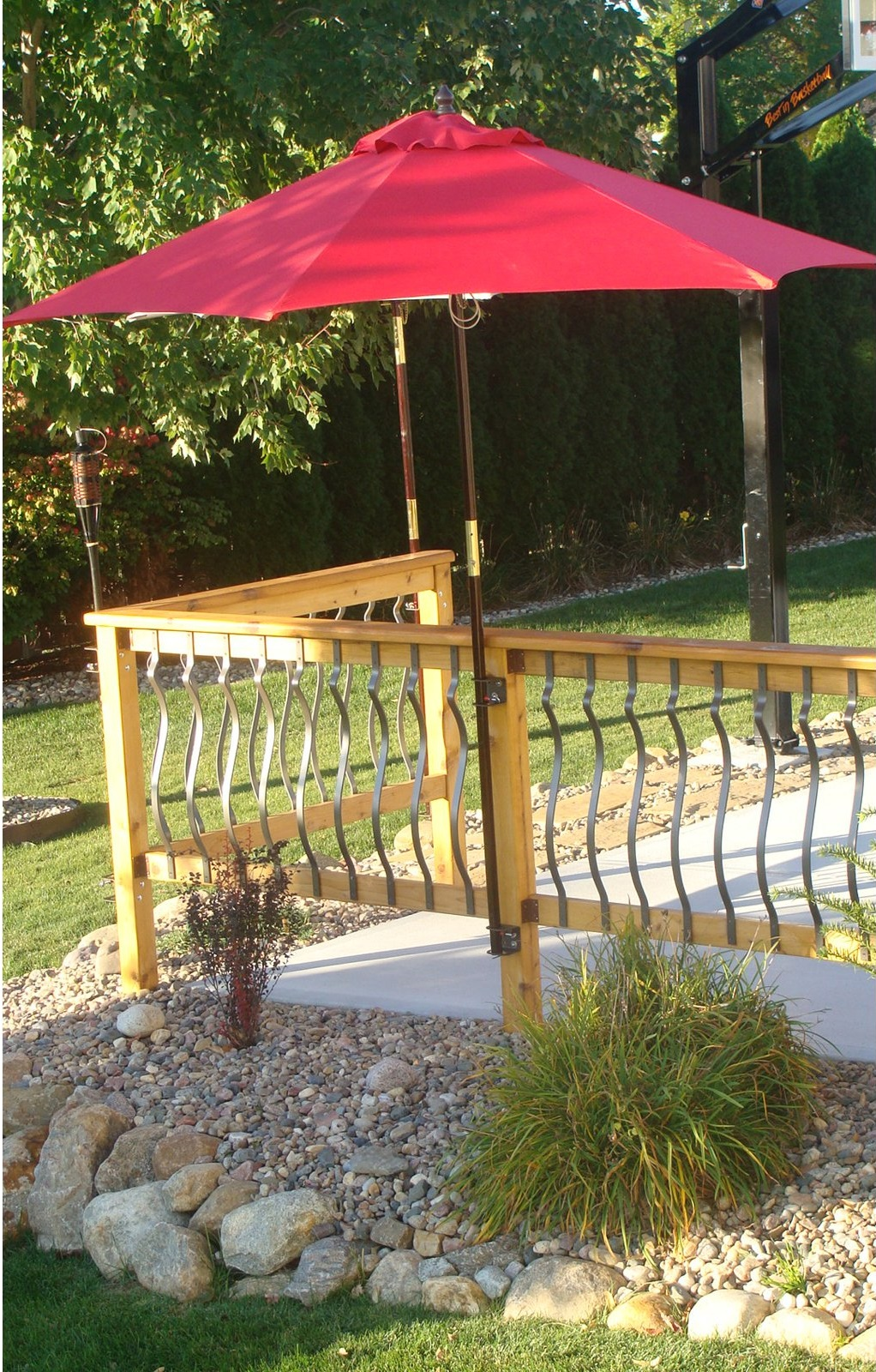 Image of: Best Deck Umbrella Mount