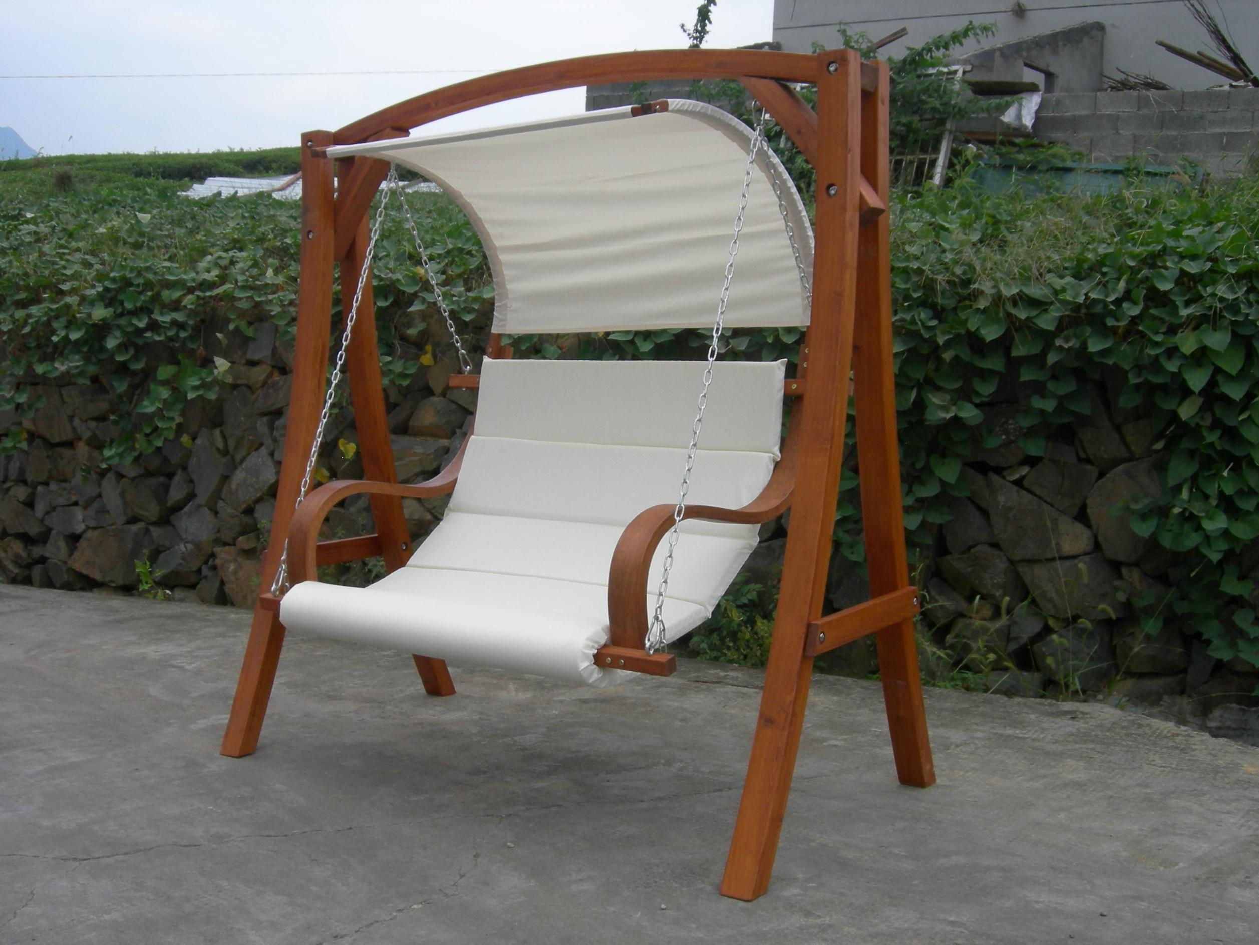 Image of: Best Outdoor Swings With Canopy