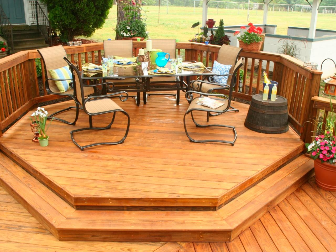 Image of: Best Pressure Treated Decking