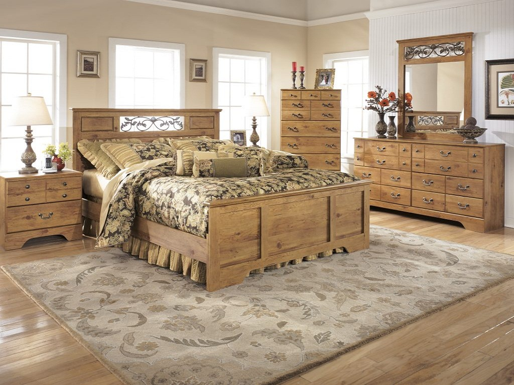 Image of: Bittersweet Panel Bedroom Set