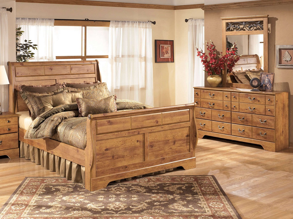 Image of: Bittersweet Poster Bedroom Set