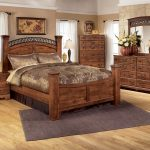 Bittersweet Queen Panel Bedroom Set