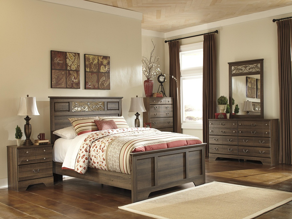 Image of: Bittersweet Sleigh Bedroom Set