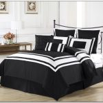 The Black And White Bedding King