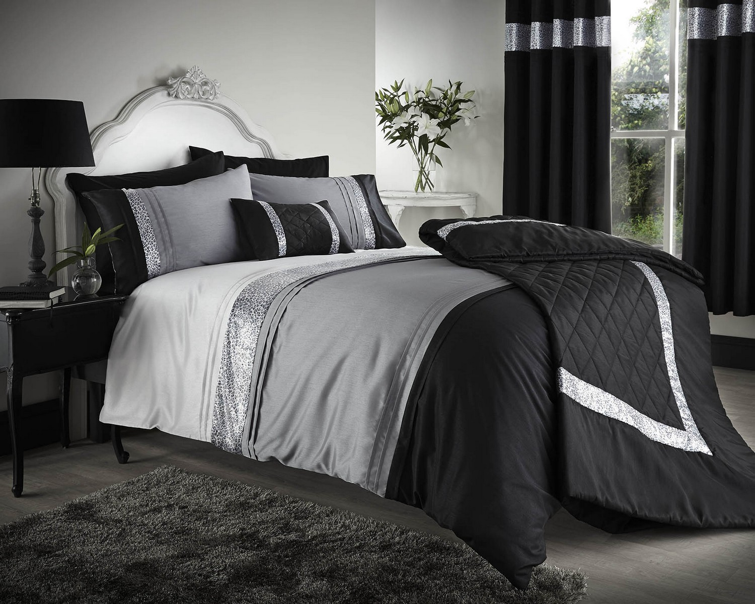 Image of: Black And White Bedding Twin Xl
