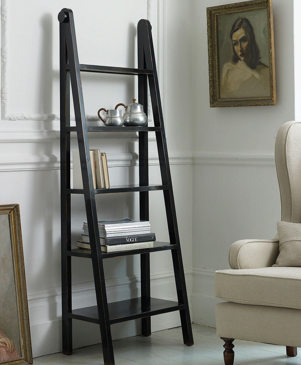 Image of: Black Color Ladder Bookcase