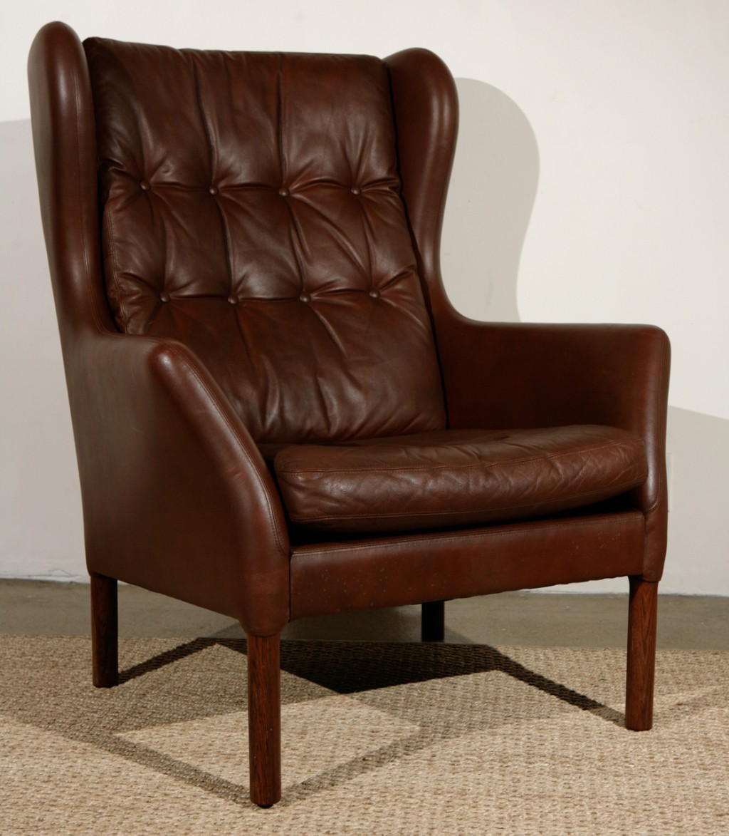 Image of: Brown Wingback Dining Chair