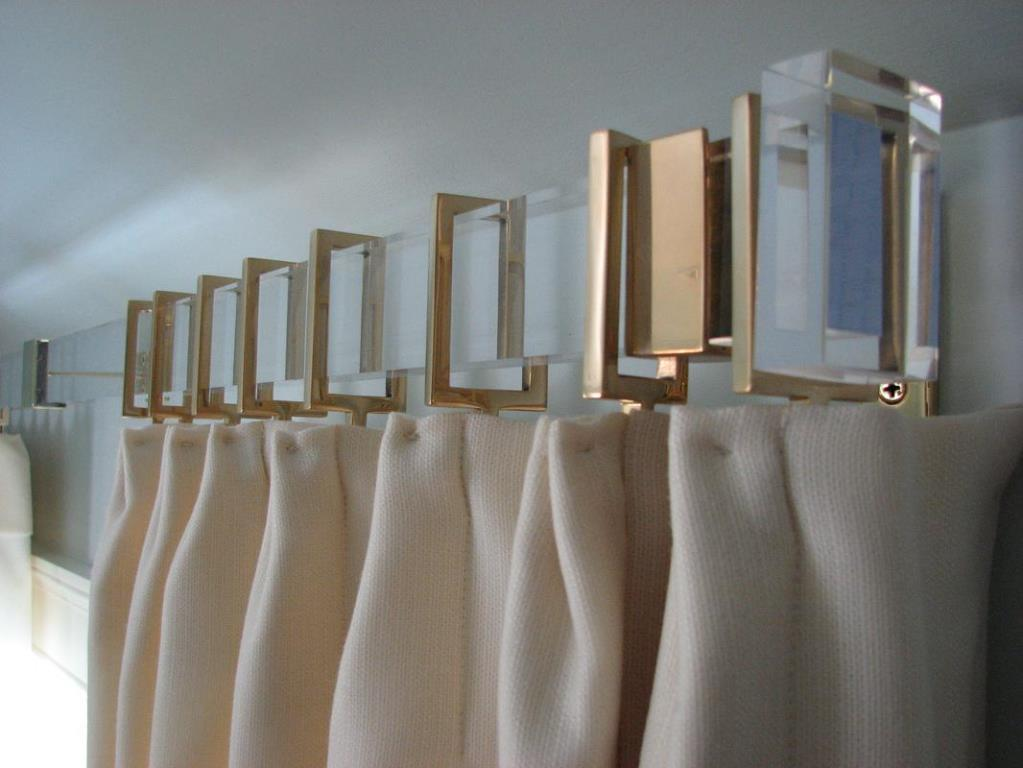 Image of: Brushed Gold Curtain Rod