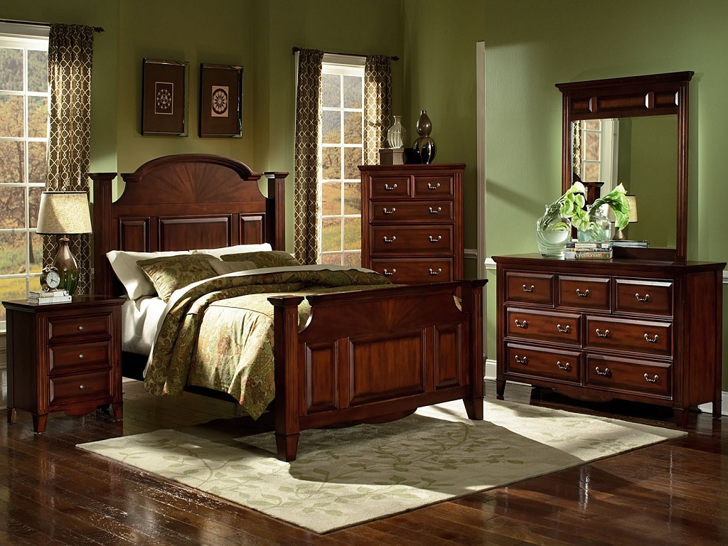 Image of: California King Bedroom Set Clearance