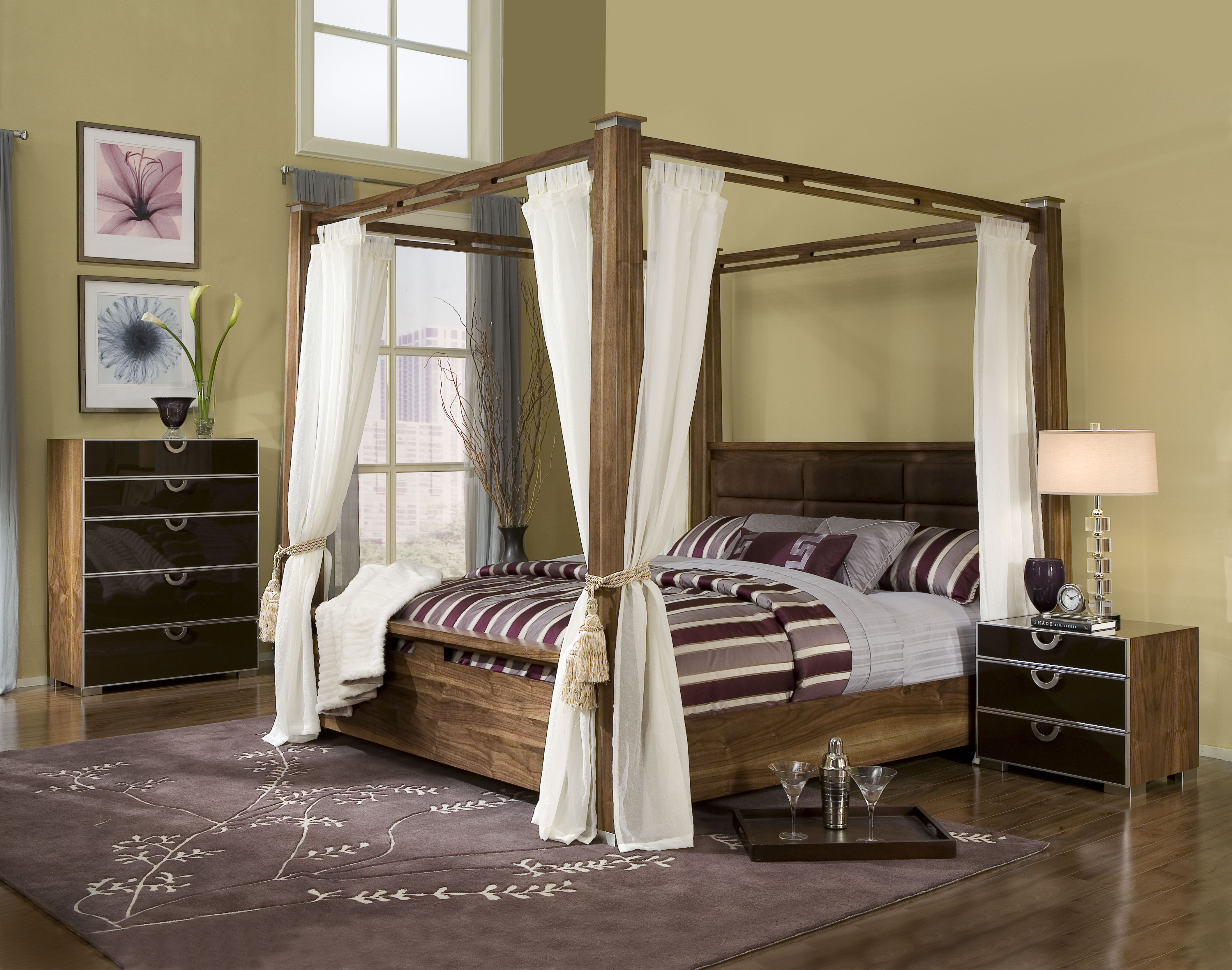 Image of: Canopy Bed Frame Queen Cheap